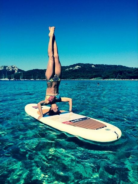 Laury Thilleman SUP Yoga